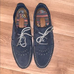 Hush Puppies navy leather moccasin size 7.5